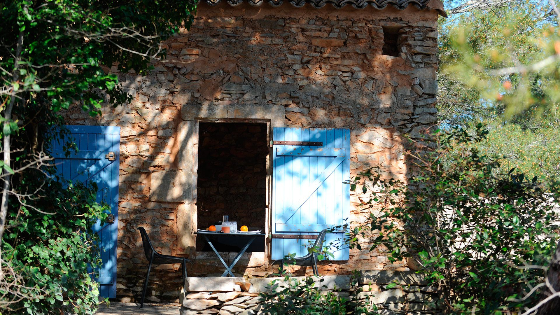 Bed and Breakfast and Spa Nimes in the Gard 3 lodges with pool