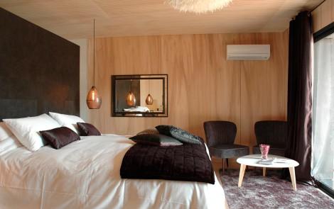 luxe bien loin d 39 ici. Black Bedroom Furniture Sets. Home Design Ideas